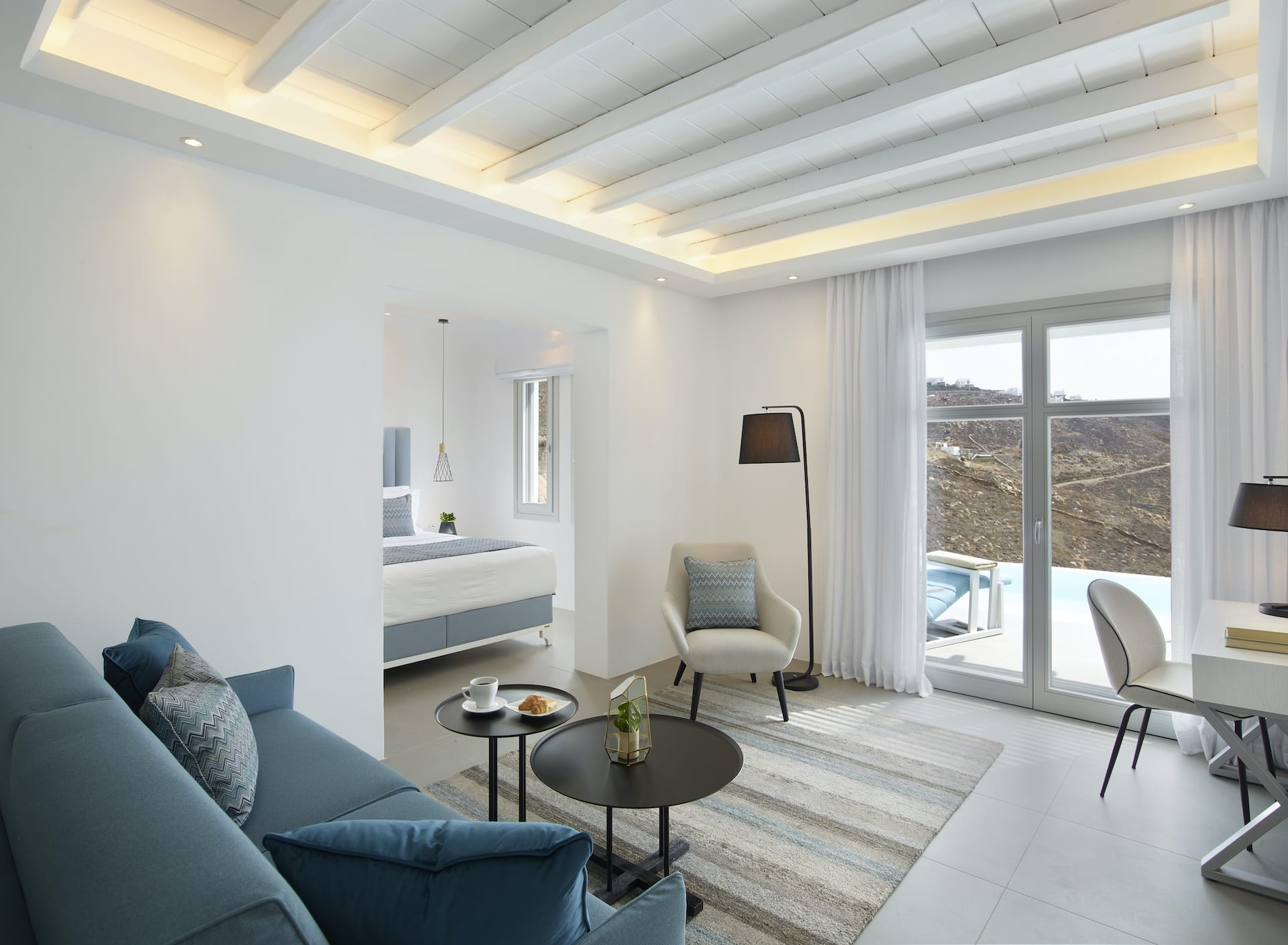 epicblue-mykonos-grand-suite