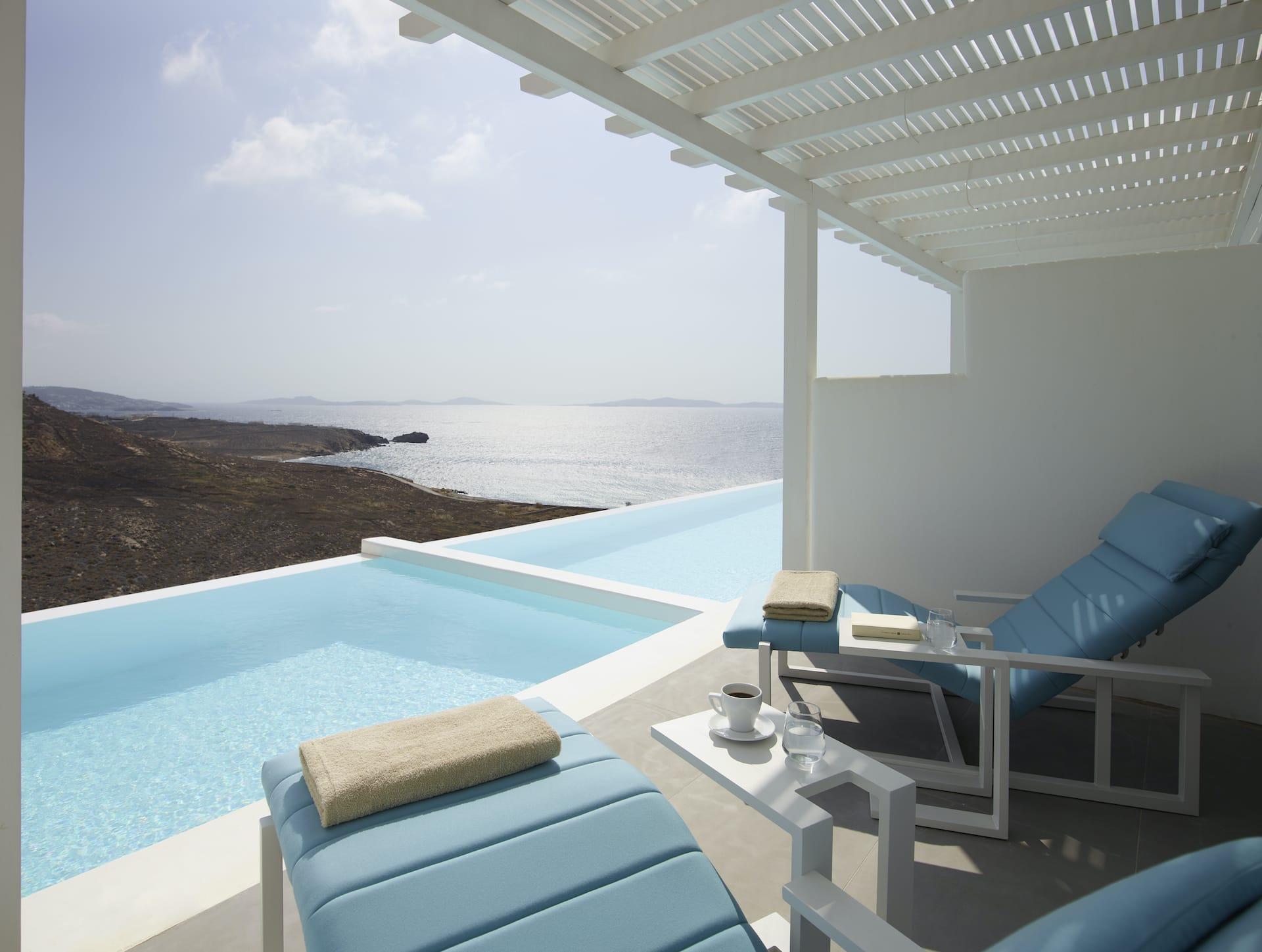 The Epic Blue Hotel Premium Suite in Houlakia, Mykonos